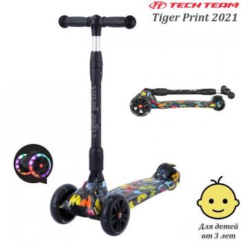 Самокат Tech Team Tiger Print 2021 Чёрный со светящимися колёсами